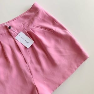 Lovers + Friends - NWT Kind of Love Shorts Size L